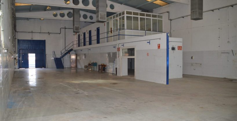 Nave industrial Calle Badostain, 14