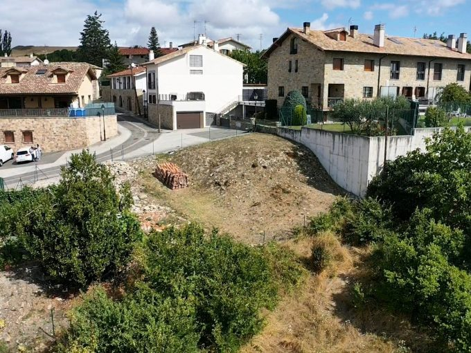 compra terreno urbanizable Cendea de Zizur
