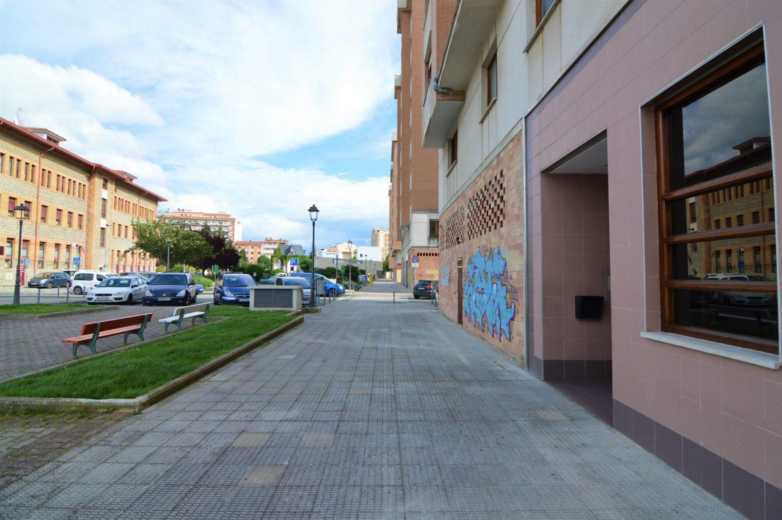 Plaza de garaje Calle Landazabal, 7, S2, 23